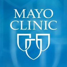 Mayo Clinic Has Patients Use e-Cigarettes Instead of Smoking Cigarettes